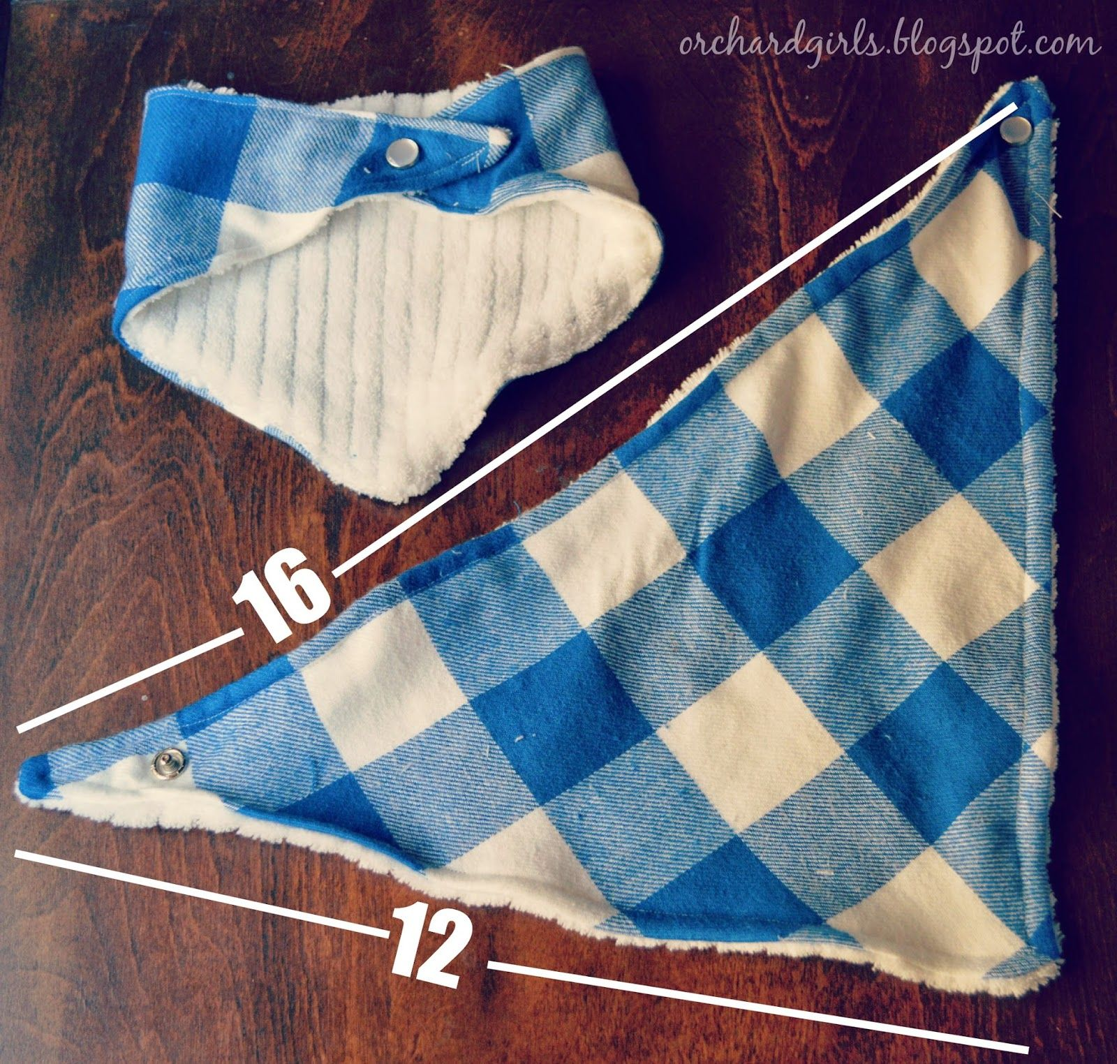 Orchard girls diy bandana drool bib tutorial two different styles orchard girls diy bandana drool bib tutorial two different styles baditri Images
