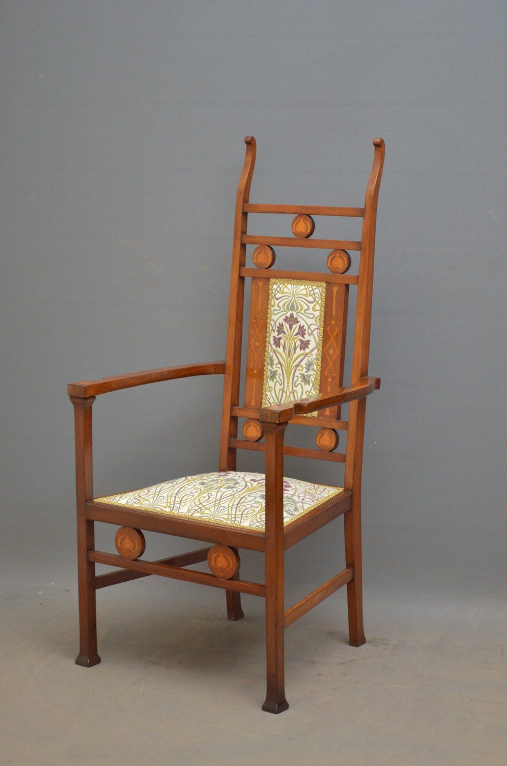 Arts And Crafts Mahogany Chair Arts And Crafts Interiors Art Chair Arts And Crafts Furniture