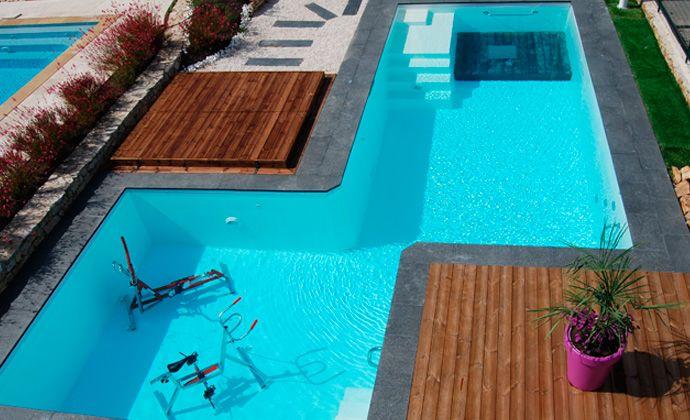 avis piscine top piscine du camping les cigales dans le var with avis piscine abri de piscine. Black Bedroom Furniture Sets. Home Design Ideas