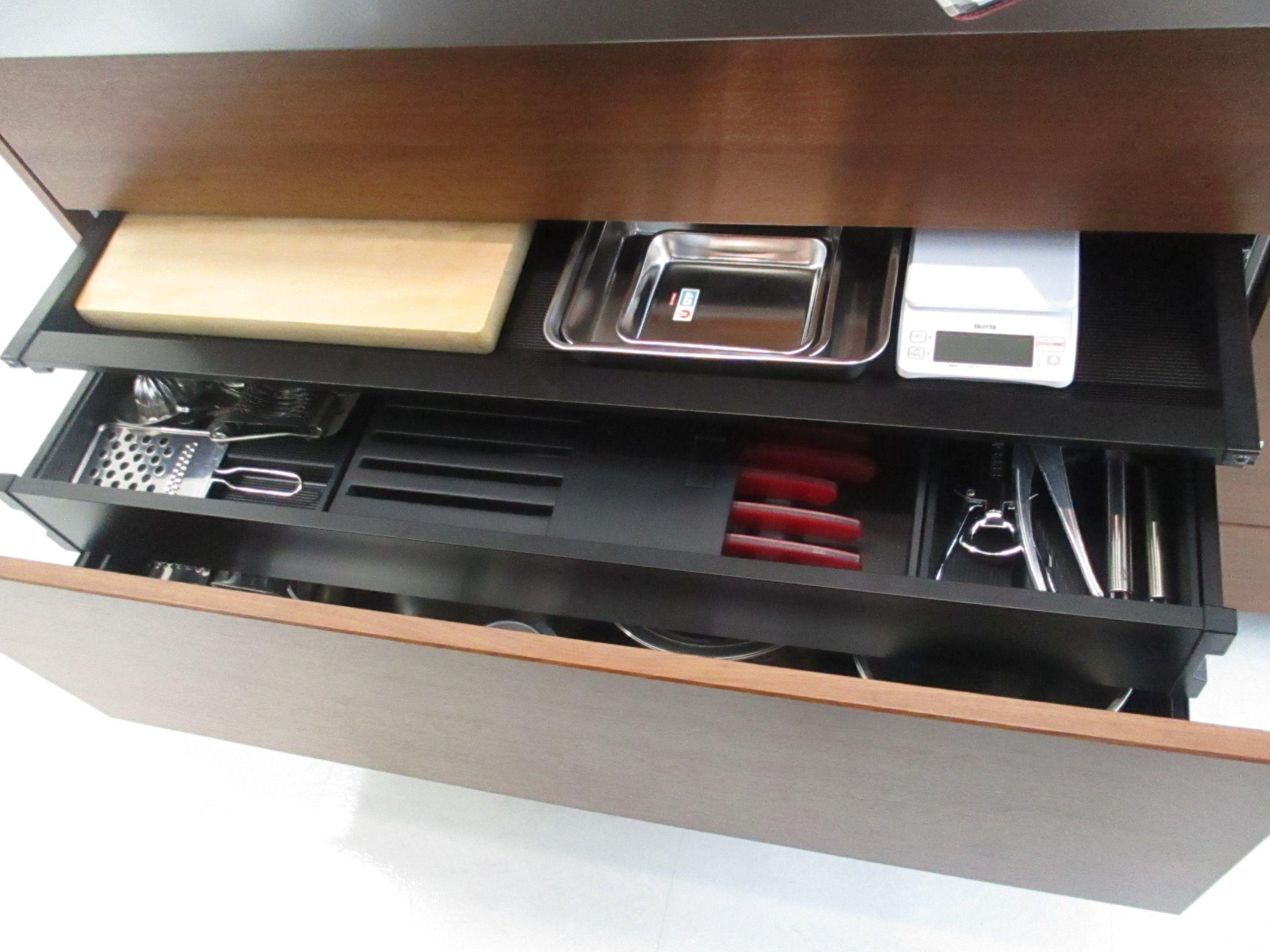 クリナップのキッチン セントロのシンクした収納です キッチン