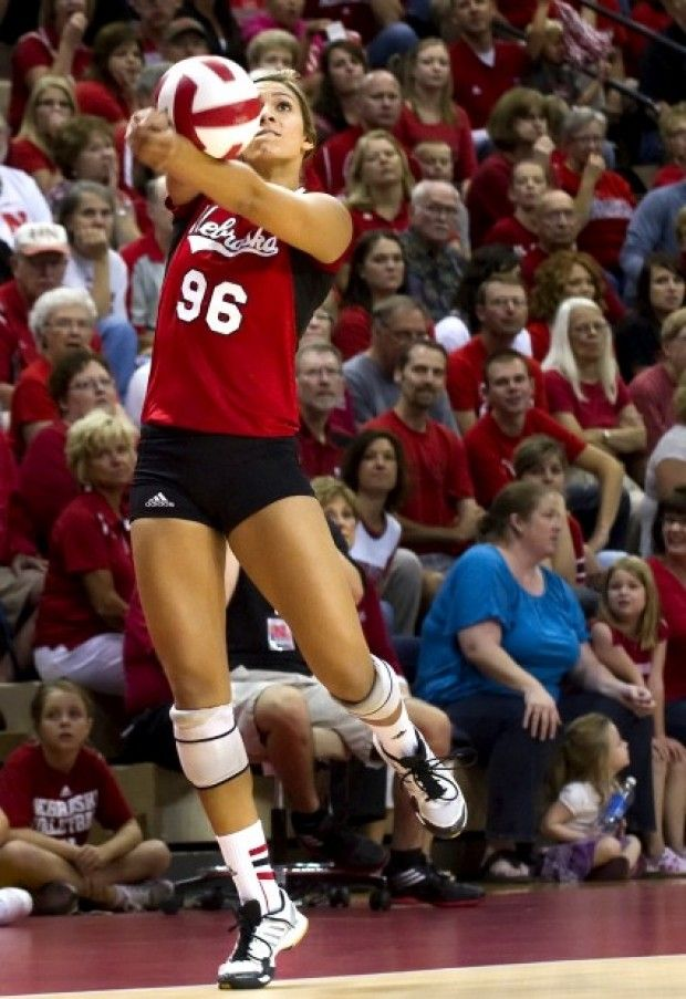 Nebraska S Alexa Strange Saves A Wayward Pass In The Third Game Against Duquesne On Friday Sept 7 Women Volleyball Female Volleyball Players Volleyball Team