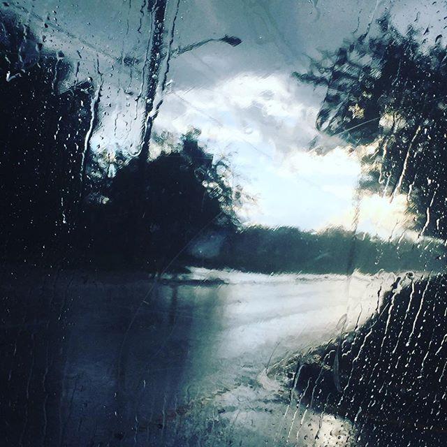 ☔️ rainy days is bea