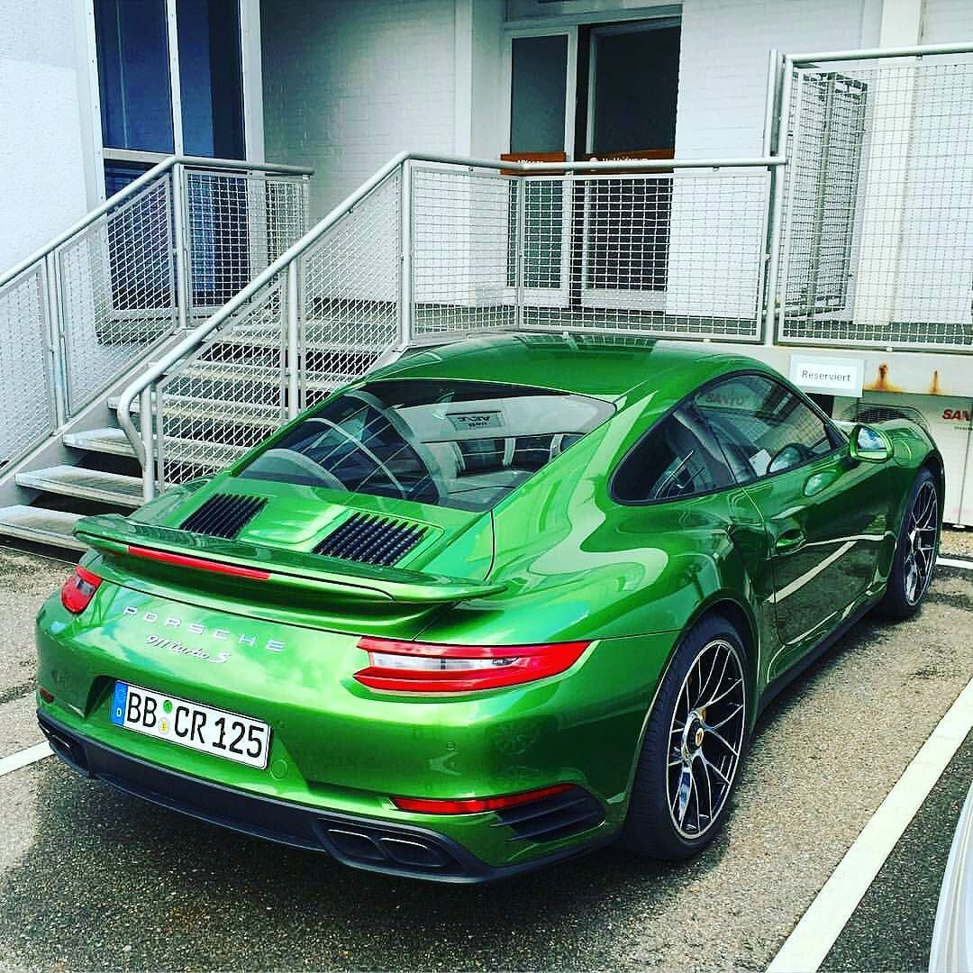 yay or nay the all new porsche 991 2 turbo s photo by skgt3rs petrolheadworld. Black Bedroom Furniture Sets. Home Design Ideas