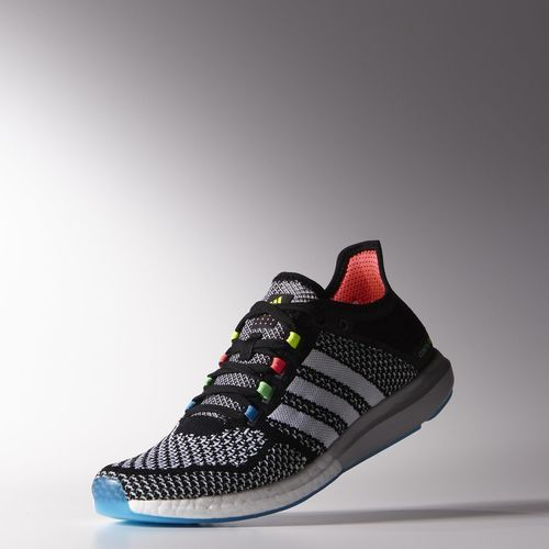 adidas - Climachill Cosmic Boost Shoes. Løbesko