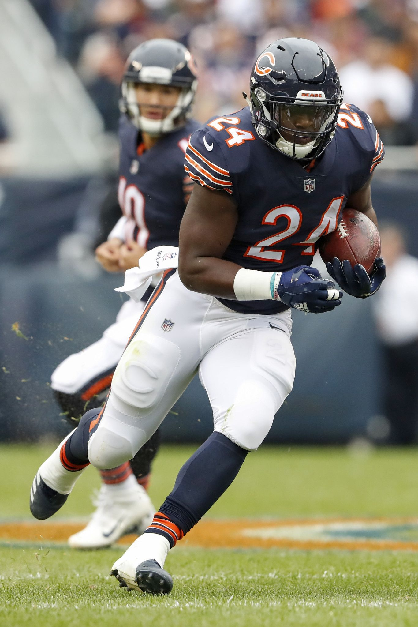 Is Bears Jordan Howard A Better Back In Year 2 Let Us Count The Ways