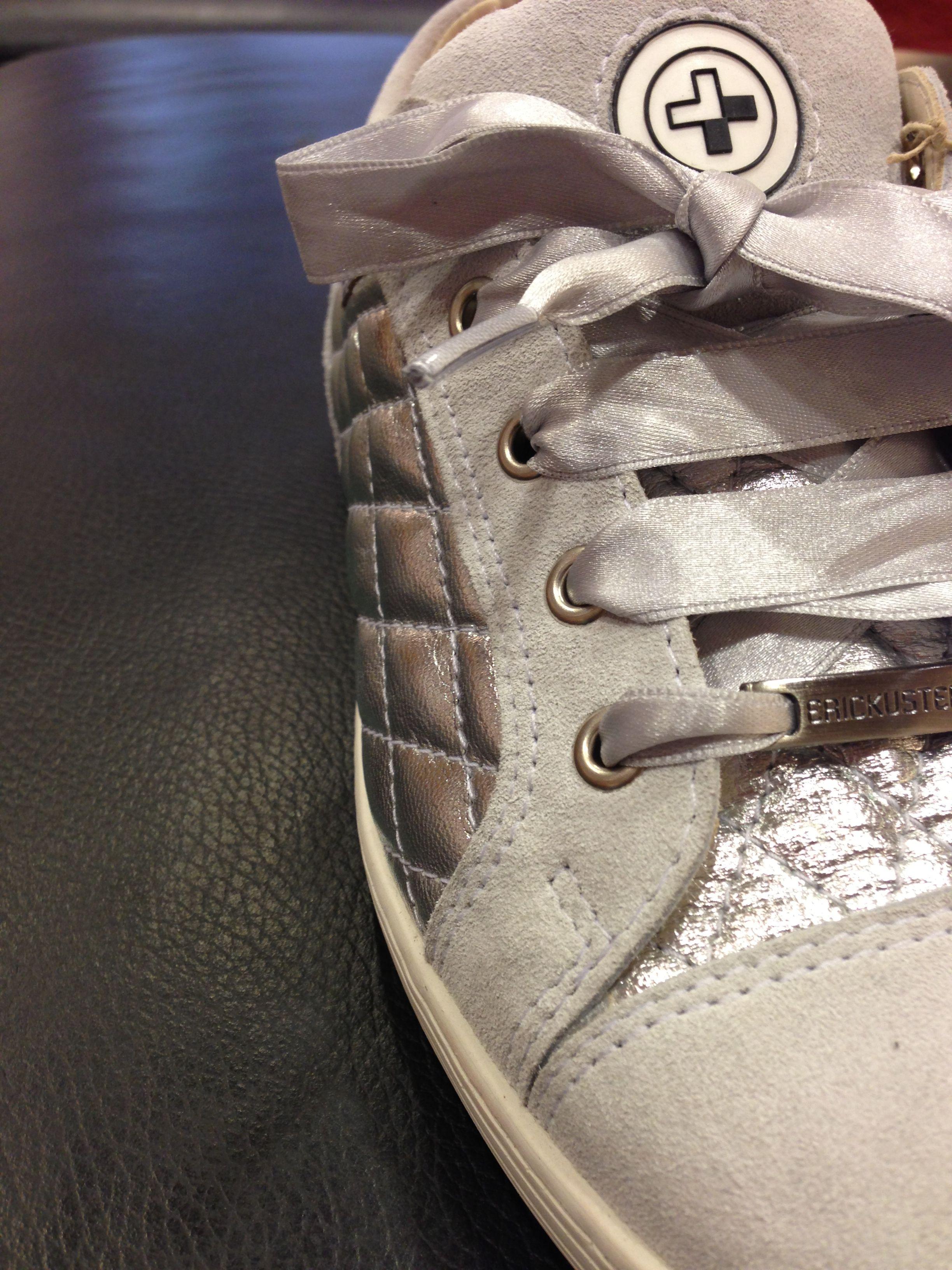 Metro-sneakers erickusters sneakers