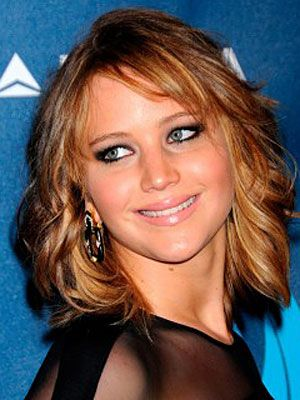 jennifer lawrence  short hair styles for round faces