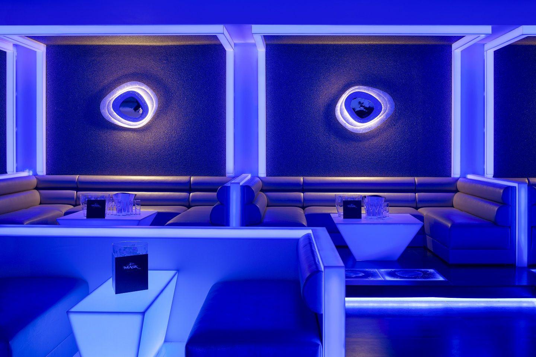 Dise o by u design en discoteca mask krion translucido casas y estilos pinterest - Discoteca ozona madrid ...