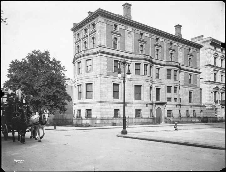 Fifth Avenue and E. 71st Street.. N.E. Baylies mansion on the site where Florence Vanderbilt Twombly would build her last home (across the street from what is now the Frick Gallery) A coach drives past the newly completed house. The entrance doors are not yet installed. To the east on 71st Street is the home of Henry Augustus Colt Taylor. The trouble-causing vacant 5th Avenue lot is to the rear. photo by Byron Company, from the collection of the Museum of the City of New York