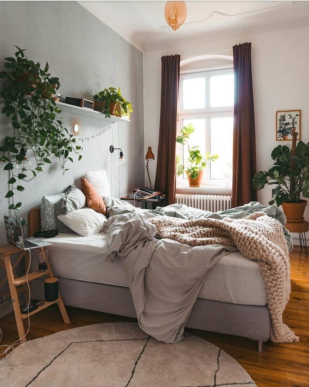 How To Decor Your Bedroom Bedroom Decor Ideas Yellow 1920s Bedroom Decor 197 1000 In 2020 Bedroom Decor Decor Home