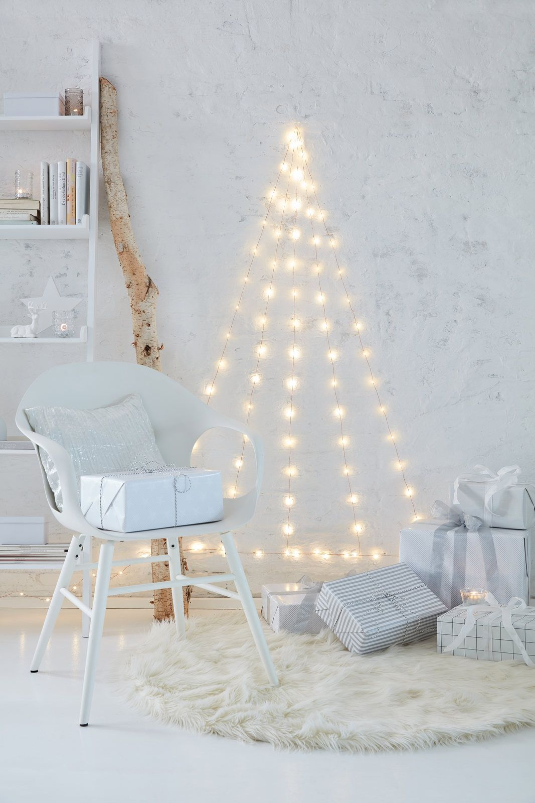 Pin by tesa diy on christmas decoration ideas pinterest wall christmas tree do it yourself magazinewall solutioingenieria Image collections