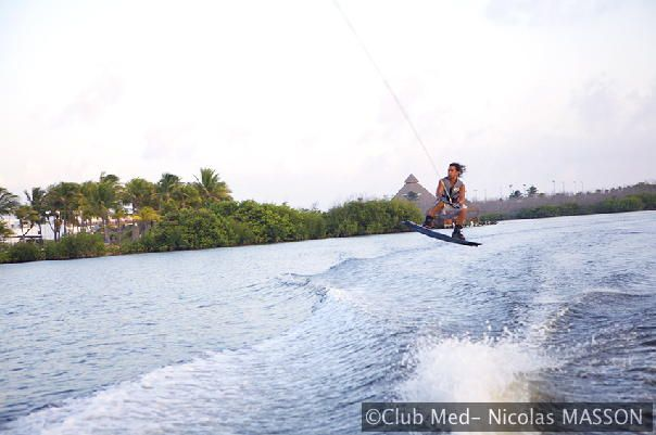 Wakeboarding at Cancún Yucatán http://www.clubmed.se/cm/resort-cancun-yucatan-mexico-the-resort_p-366-l-EN-v-CANC-r-1-ac-vh.html