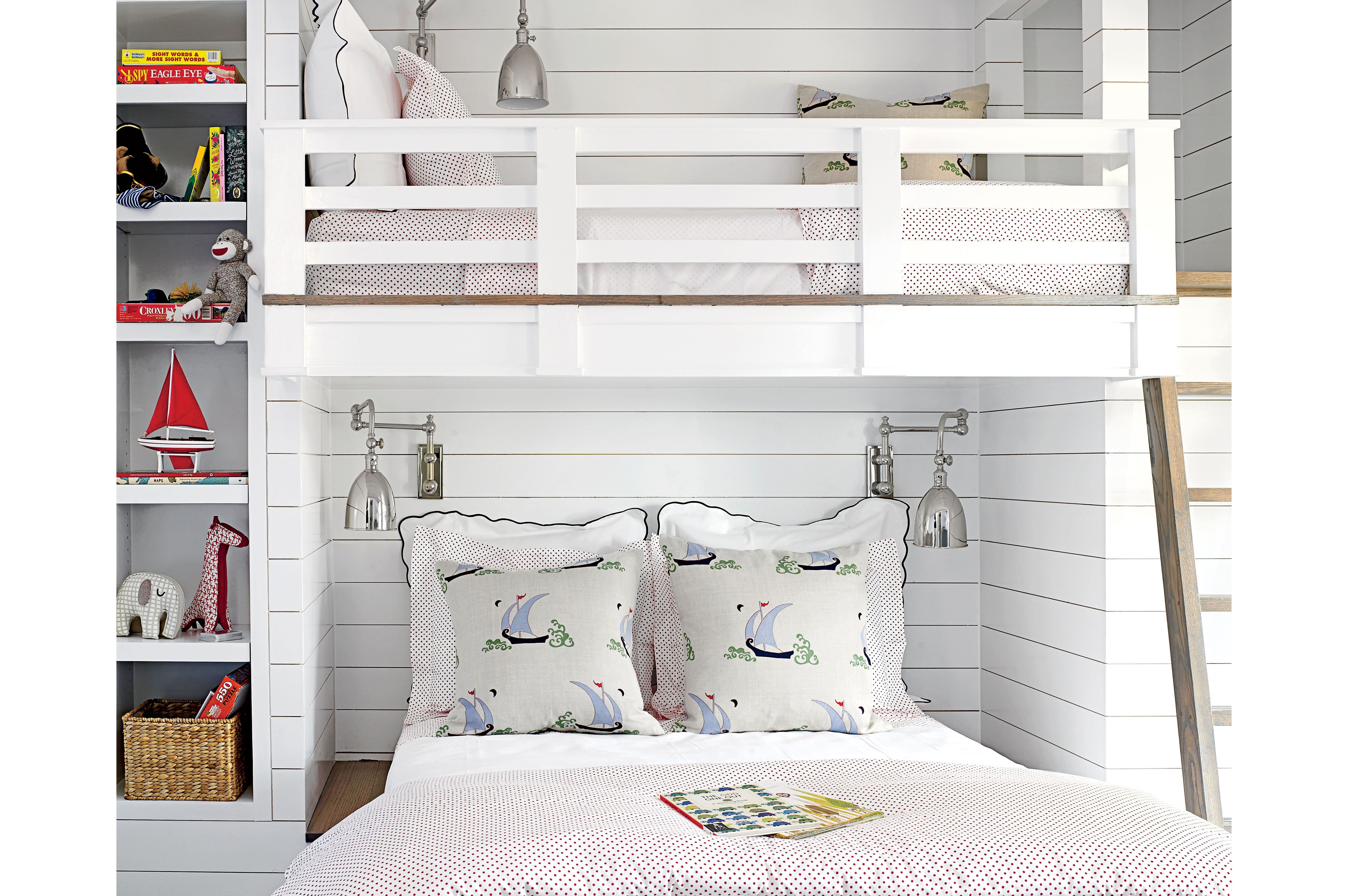 In A Small Room, A Dual Bunk Bed Makes Space