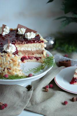 Preiselbeer Nougat Torte - Sasibella