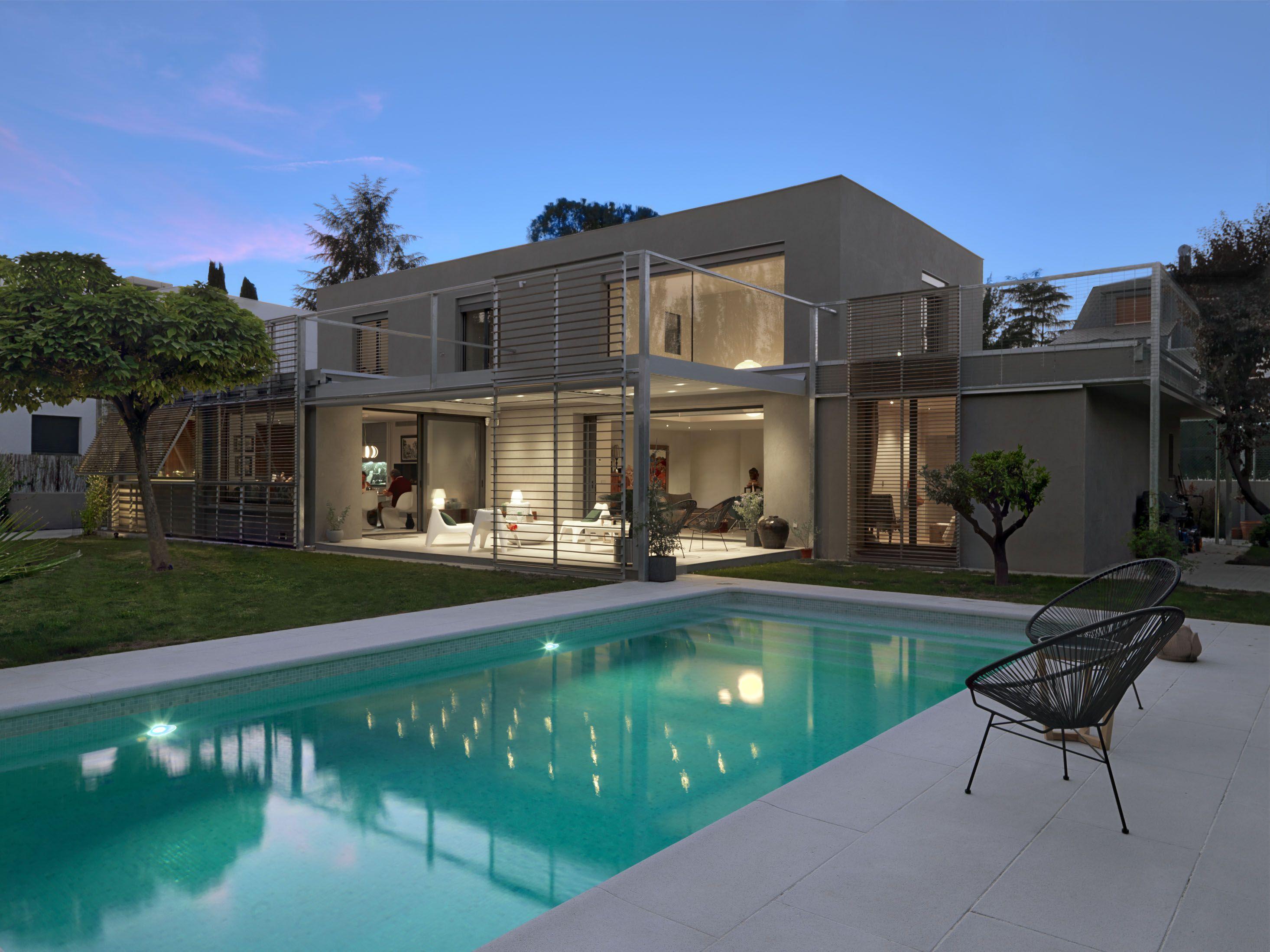 Vivienda casa paula rosales more co celosia jardin piscina for Viviendas jardin