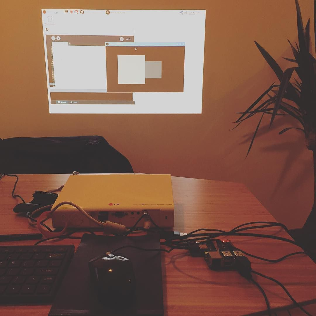 Something we loved from Instagram! I have been waiting a long time for that. Finally processing 3 run natively on the #raspberrypi 2 which mean I can potentially rebuild the #geometrysynth and have it a standalone module without the need of a laptop ! by minigorille Check us out http://bit.ly/1KyLetq