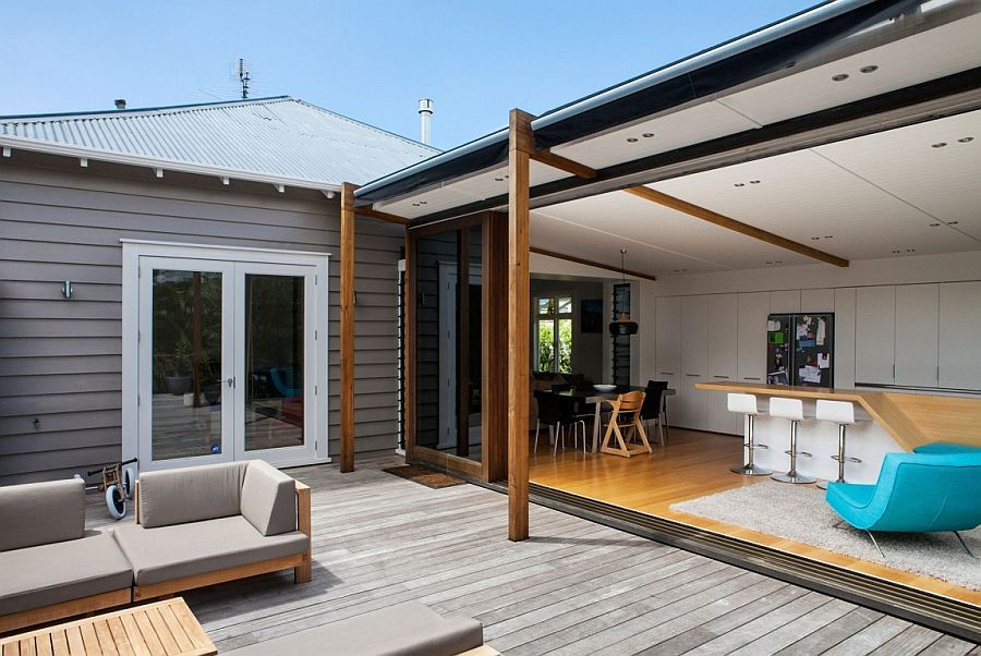auckland bungalow with modern glass and timber extension - Deckideen Nz