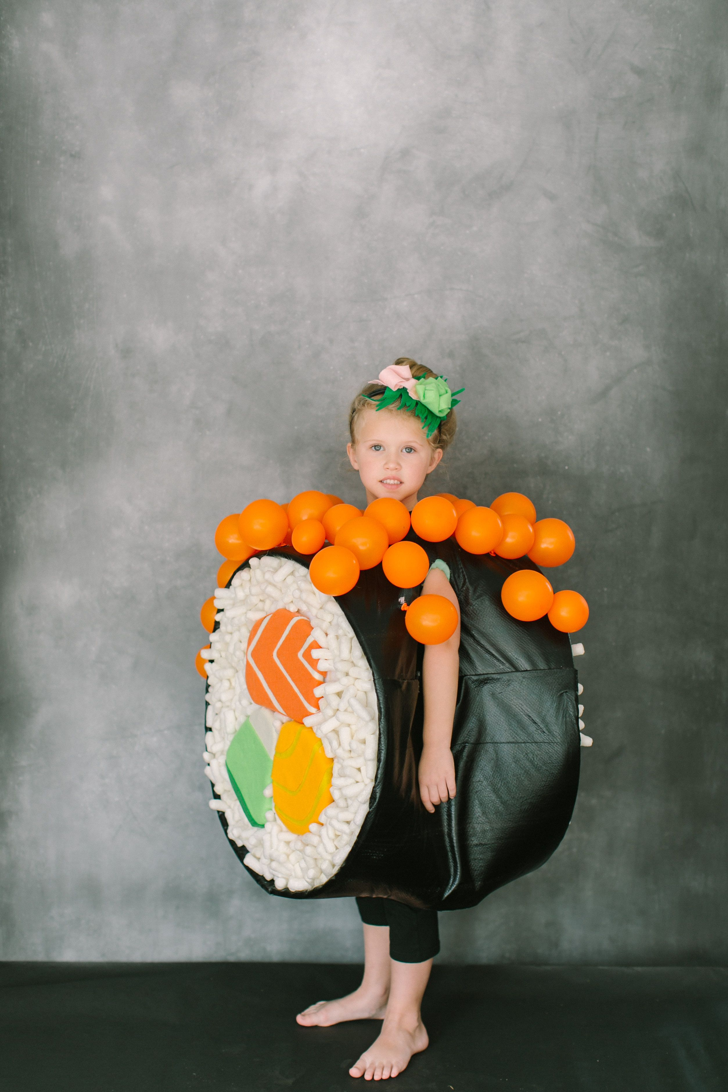 diy halloween costume: sushi roll read more - http://www