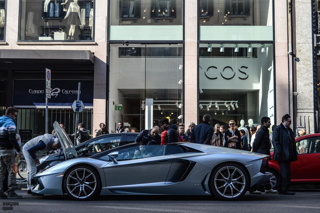 Pin on EXOTIC CARS IN EXOTIC CITIES