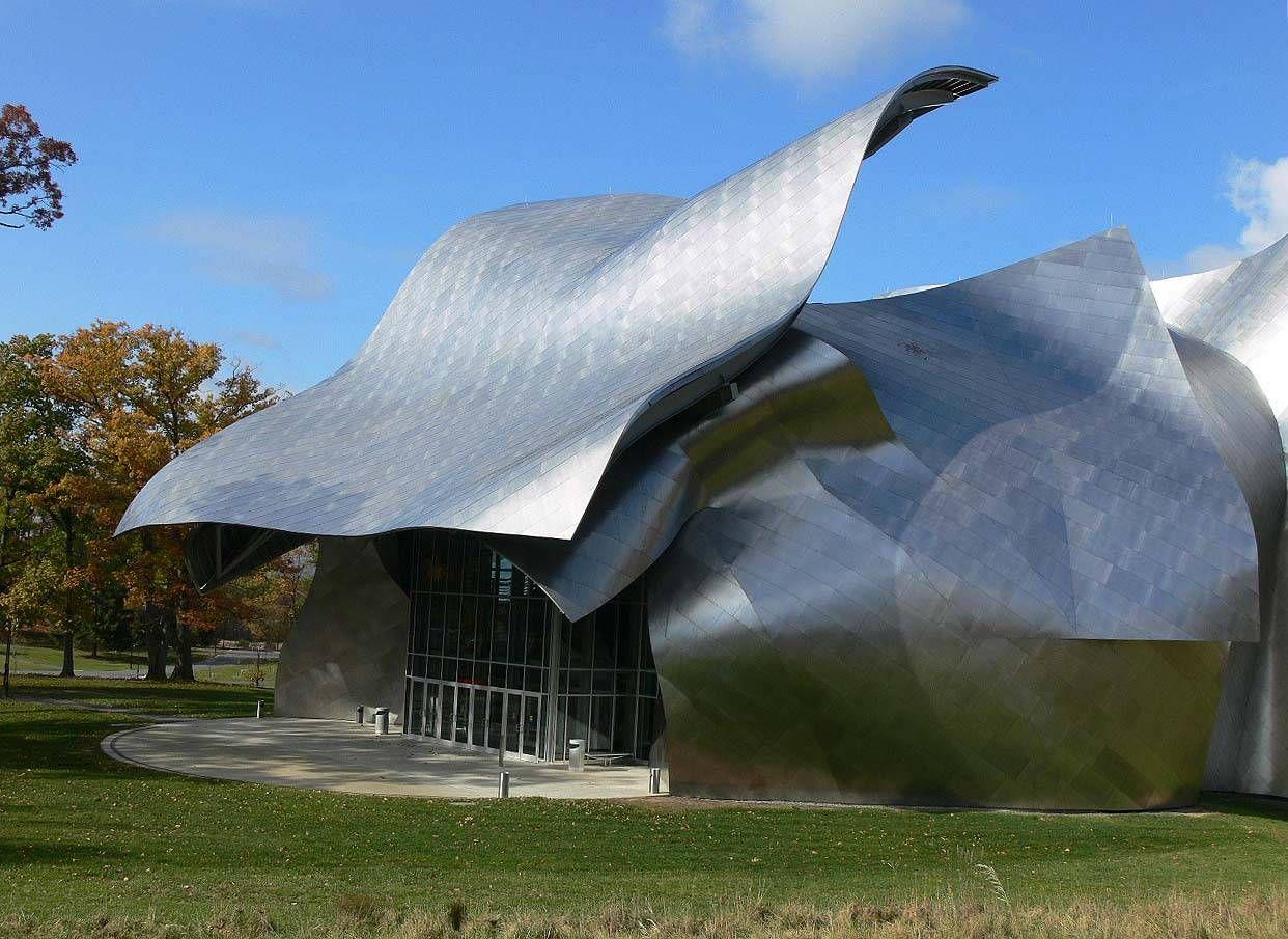 Frank Gehry é um arquiteto nascido em Toronto, mas mudou-se com a ...  #architecture #Frank #Gehry Pinned by www.modlar.com