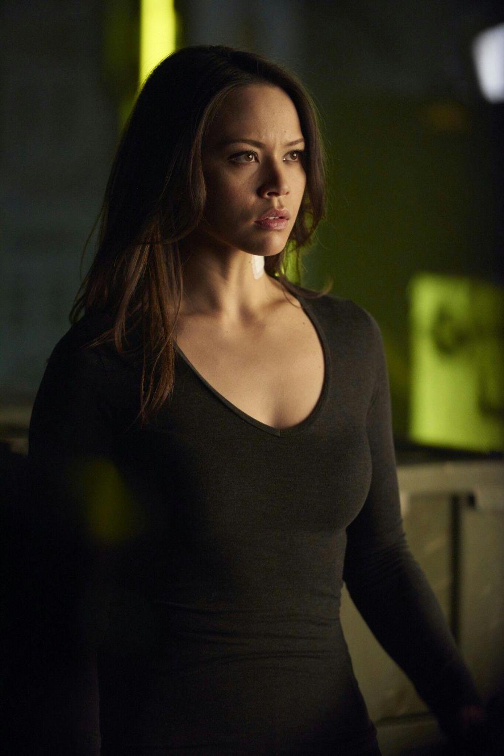 Melissa O Neil Actress Dark Matter Dark Matter Tv Series Dark Matter Tv