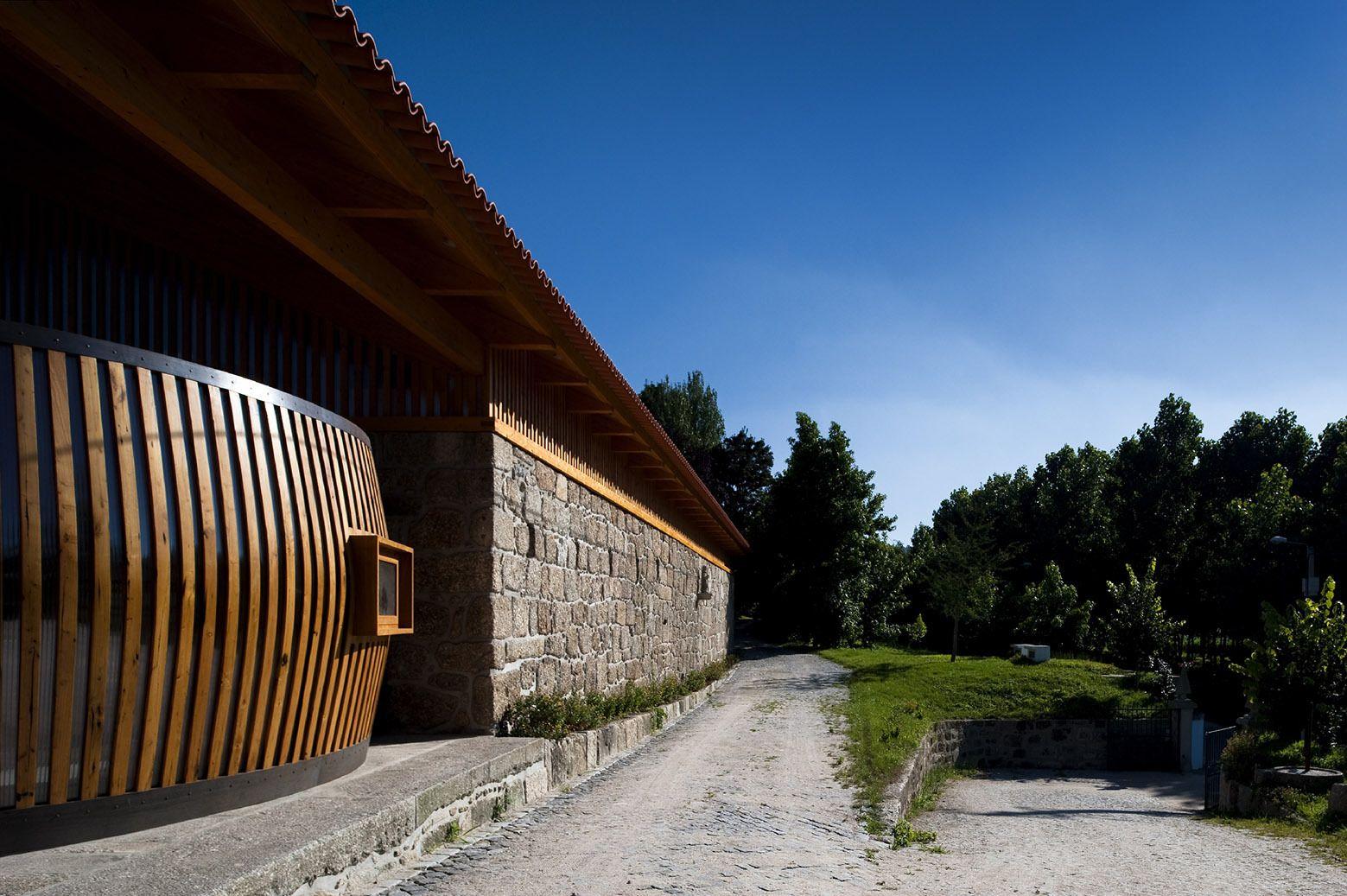 Adega Casa da Torre / Carlos Castanheira