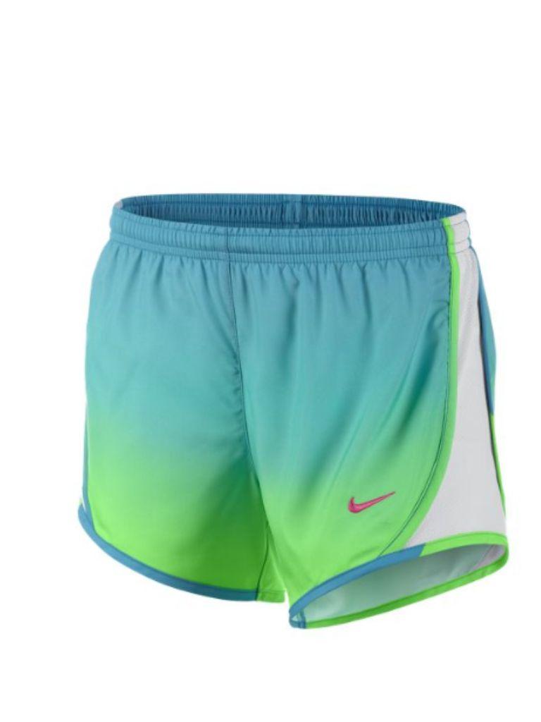 huge selection of a8f14 30733 Ce short est bleu, vert, gris, et blanc. Je préfère ce short parce quil  est bleu et vert. Il coûte huit dollars. Il est bon marché.