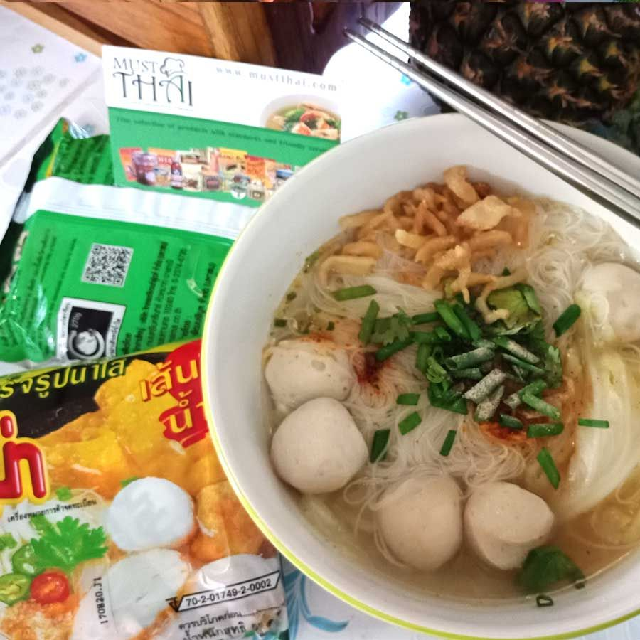 Mama Clear Soup Instant Rice Vermicelli. Easy To Make. Can't Miss To Taste For Thai Food Lovers. #MaMa #MaManoodles #instantnoodles #Thaigrocery