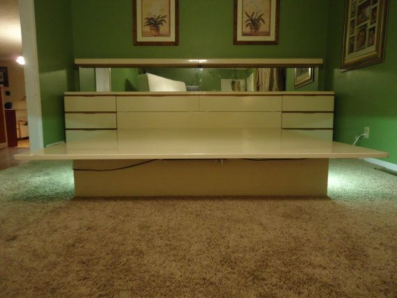 LANE King Platform White Lacquered Mid Century Danish Modern Bedroom Set  Eames Dresser Nightstands