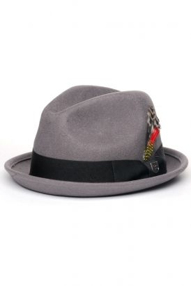 31bbd6a0d0284 brixton - gain felt fedora (grey). It s like a German take on a fedora.