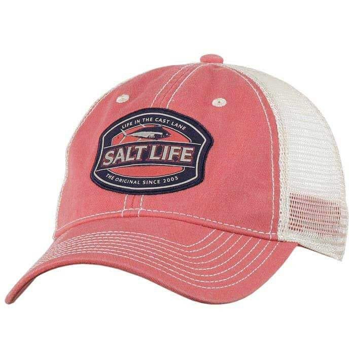 best service 9c271 60af8 Salt Life Cast Lane Trucker Hat for Men in Faded Coral SLM20073
