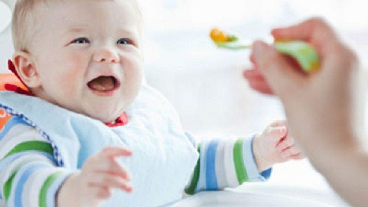 كيف أطعم طفلي في الشهر السادس 7 Month Old Baby Baby Diet Baby Food Recipes