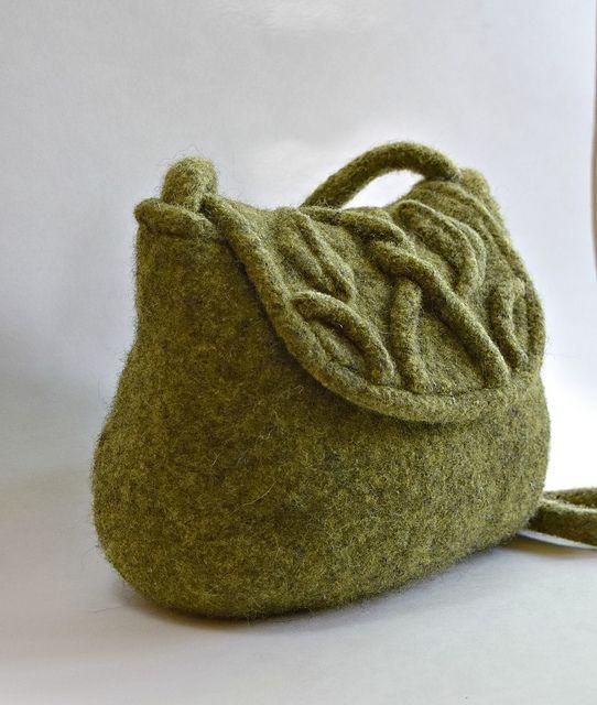 Leaf and Vine Felted Purse pattern by Cindy Pilon | Pinterest ...