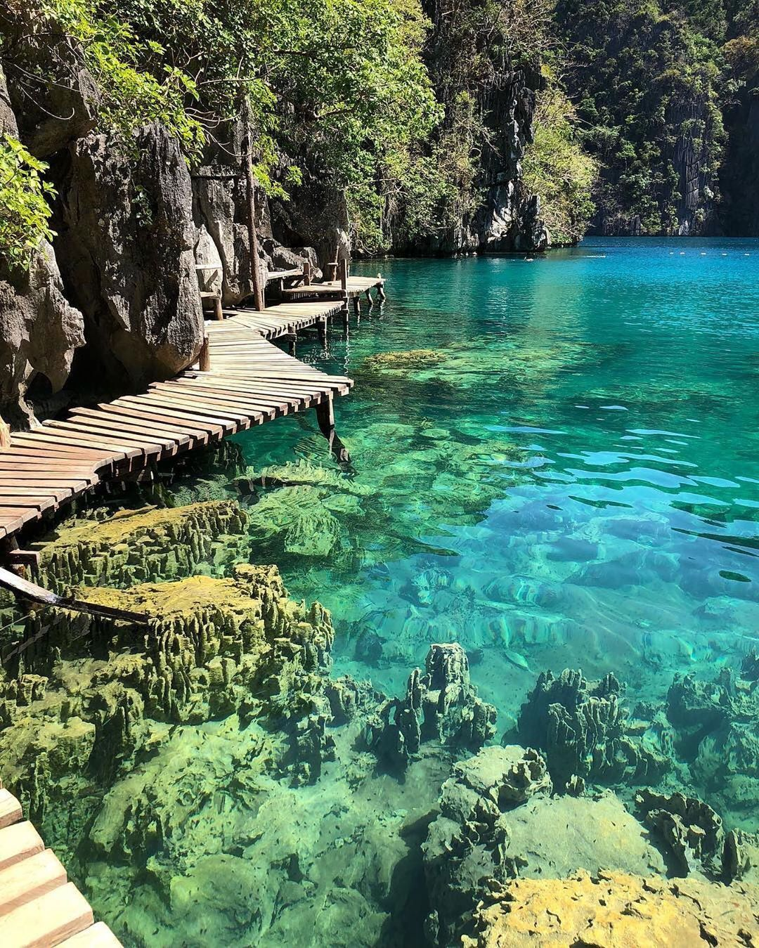 Top 10 Tourist Attraction To Visit in Philippines