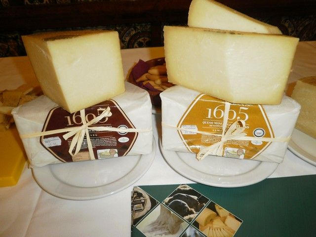Pin En Cheese Queso Fromage Käse Formaggio Kaas