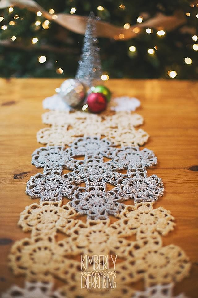 Beautiful Fallen Snow Runner by Susan Carlson in Crochet for Christmas. Make it with Vanna's Glamour!