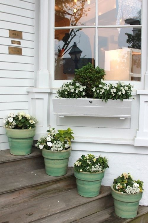 flowersgardenlove:  love the pots Flowers Garden Love