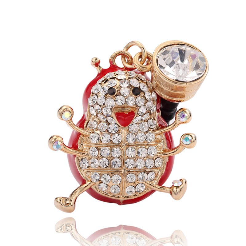 The headphone jack dut plug charm features a red cute ladybug paved with sparkling rhinestones, hanging from 3.5mm crystal earphone anti-dust plug stopper. The cute ladybug headphone jack acceesory can effectively prevent dust and water through headphone jack to entering your phones . Bring your phone a sparkling look.