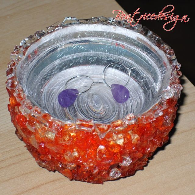 paper bowls, guess what people are getting for christmas. :)