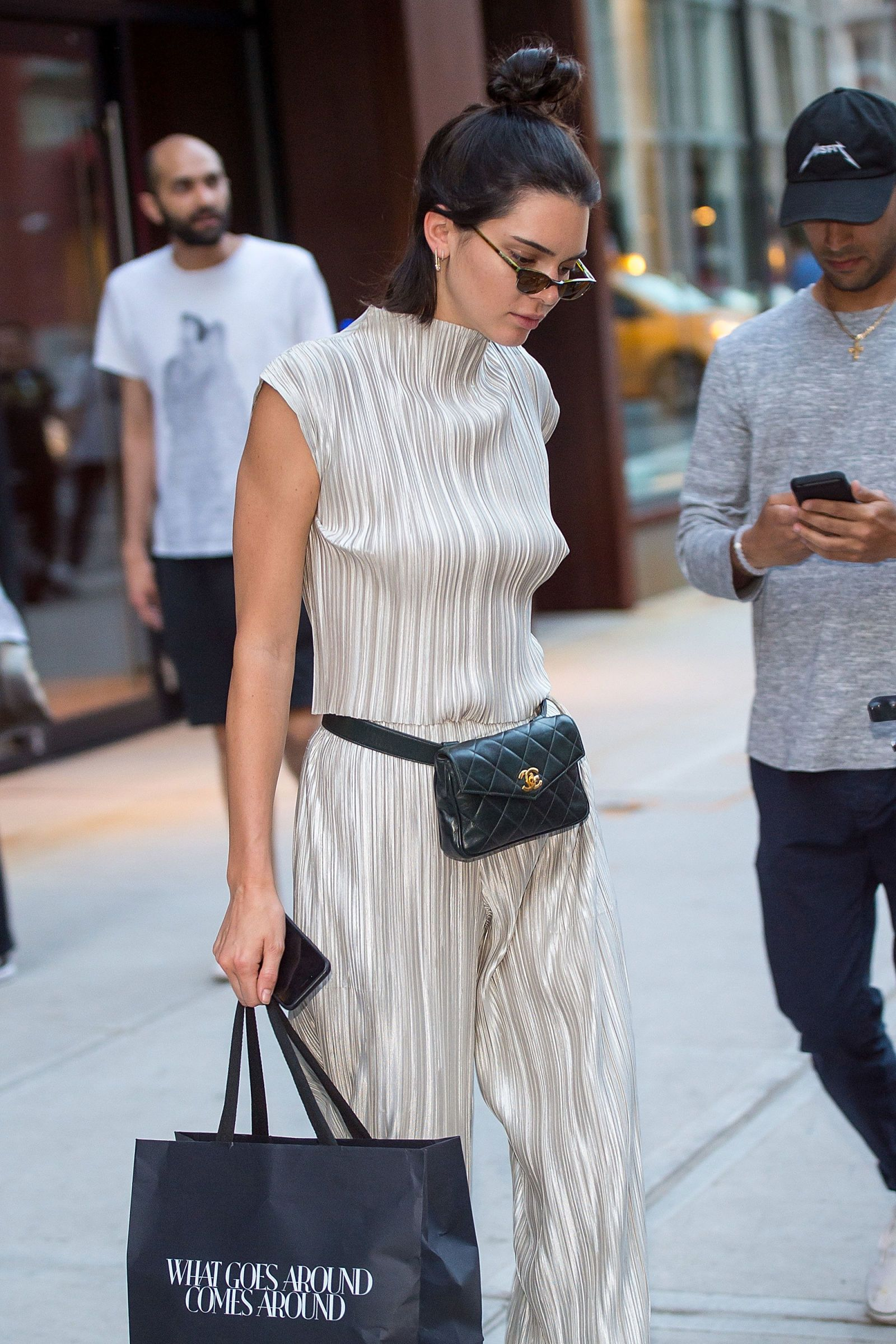 11c6ecafe070 Kendall Jenner Wants to Make the Fanny Pack Happen