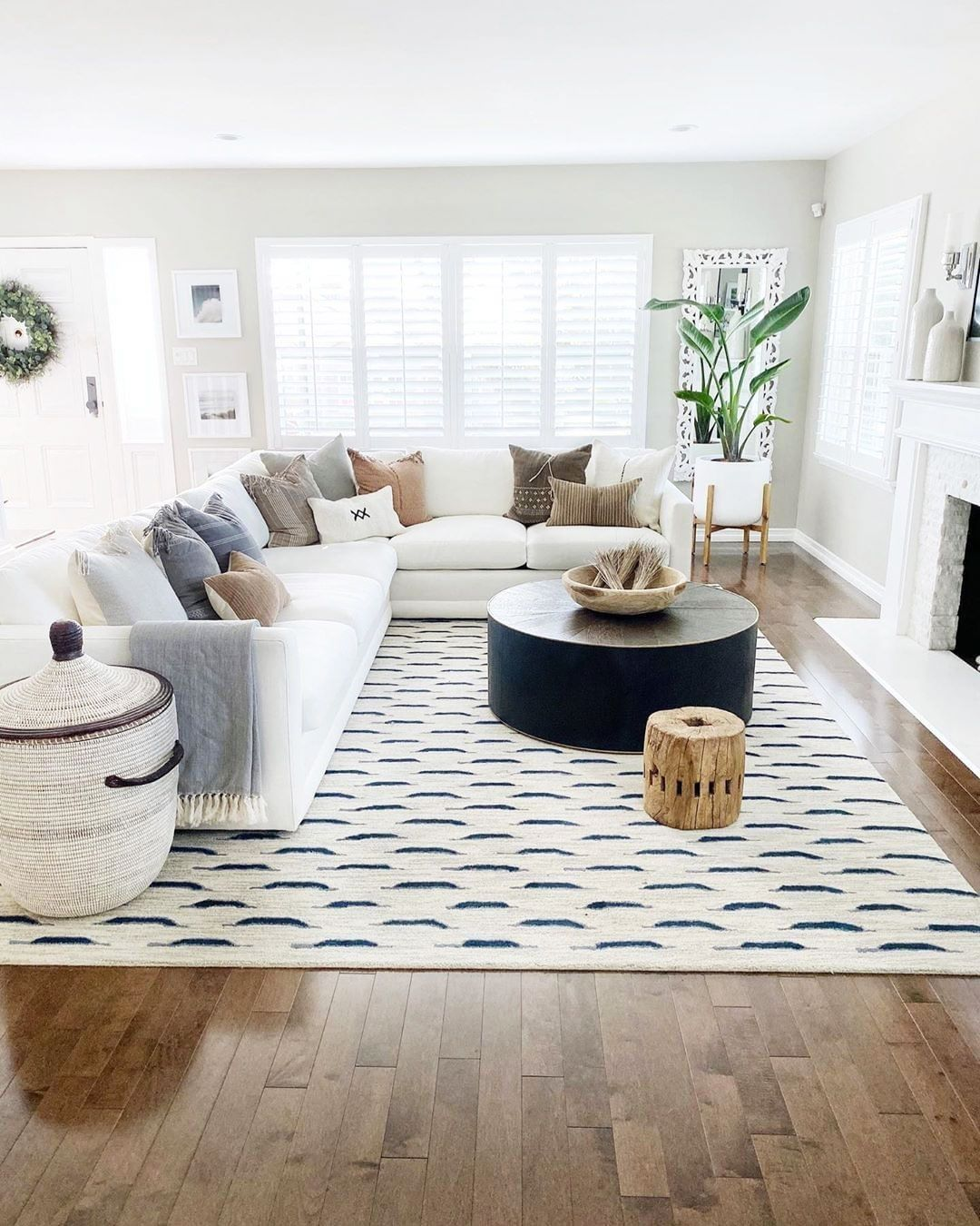 17 Best Home Decor Ideas For Living Room On A Budget Rugs In Living Room Living Room Without Rug Living Room Inspo