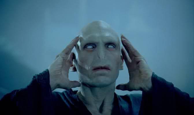 Vocabulario Adjetivo 1 Despiadado Brutal Inhumano Cruel Que No Siente Compasion Harry Potter Wiki Harry Potter Universal Voldemort Harry