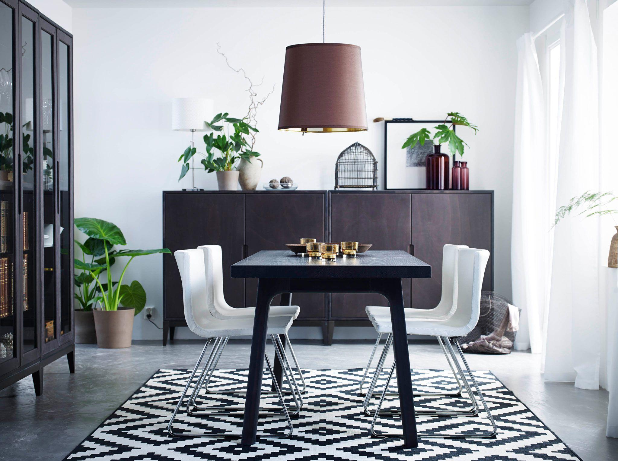 Kleiner Esstisch Mit Stuhlen Beautiful Esstisch Stuhlen Kleiner Tisch Weis Hoher Barhocker