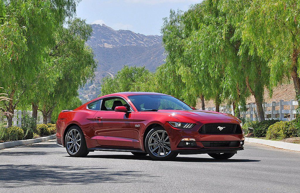 Ten Facts About the 2015 Ford Mustang: Still a lightweight