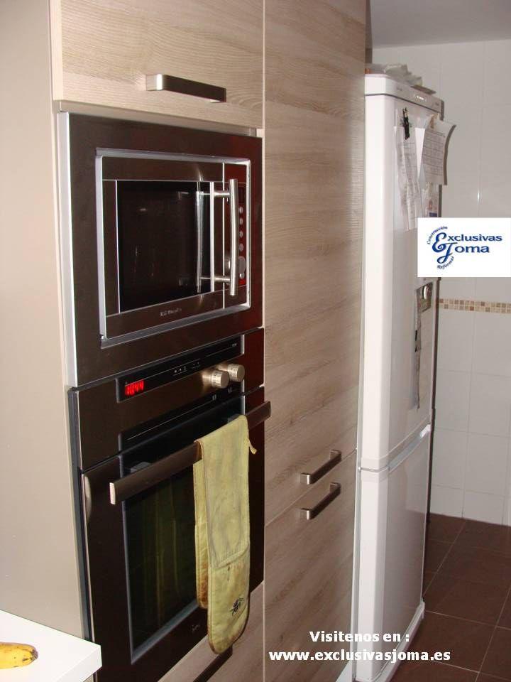 Muebles de cocina en color madera roble imperial y for Muebles para electrodomesticos