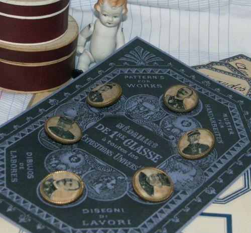Boutique Nain.de.Jardin buttons...