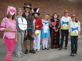 Alice In Wonderland Costumes For Halloween Teachers Group