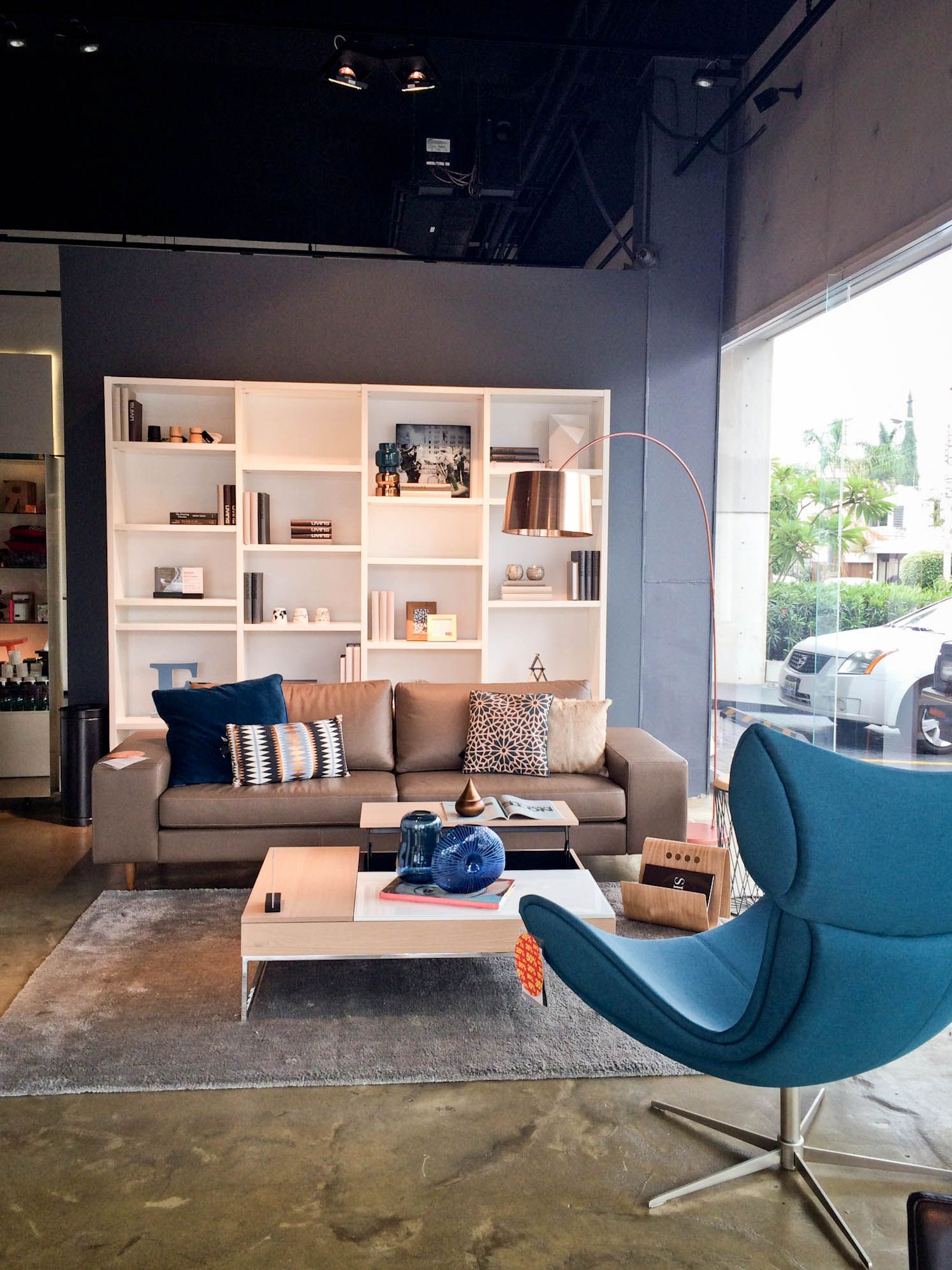 Blue is the new black BoConcept Guadalajara