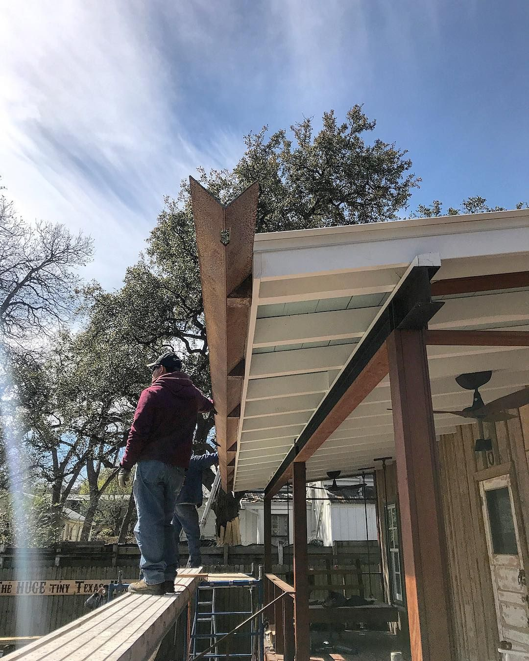 Drophouse Design On Instagram Custom 1 4 Plate Gutter And Brackets Digarchitects Austin Fabrication Welding Architecture Design Instagram Gutter