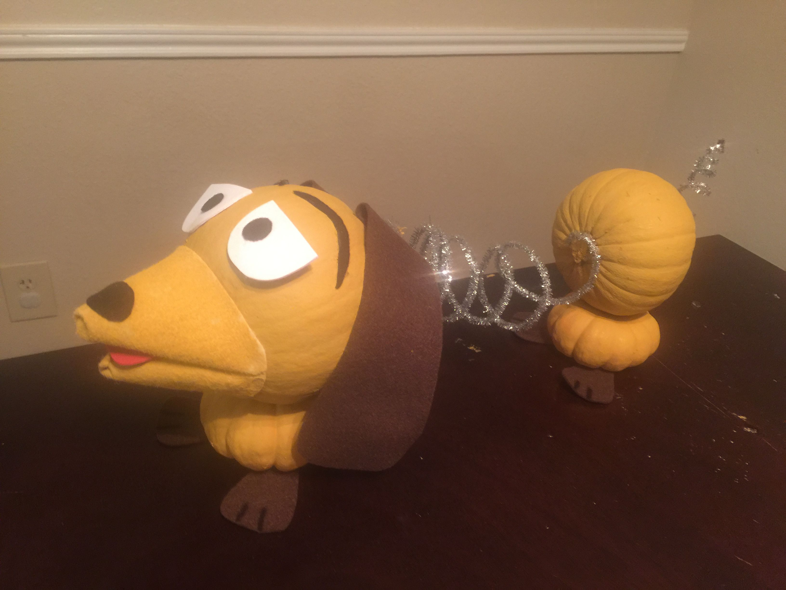 Slinky Dog Pumpkin Toystory Pumpkindecoratingideas With Images
